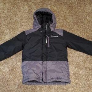Columbia boy's jacket size xs. Size 5t